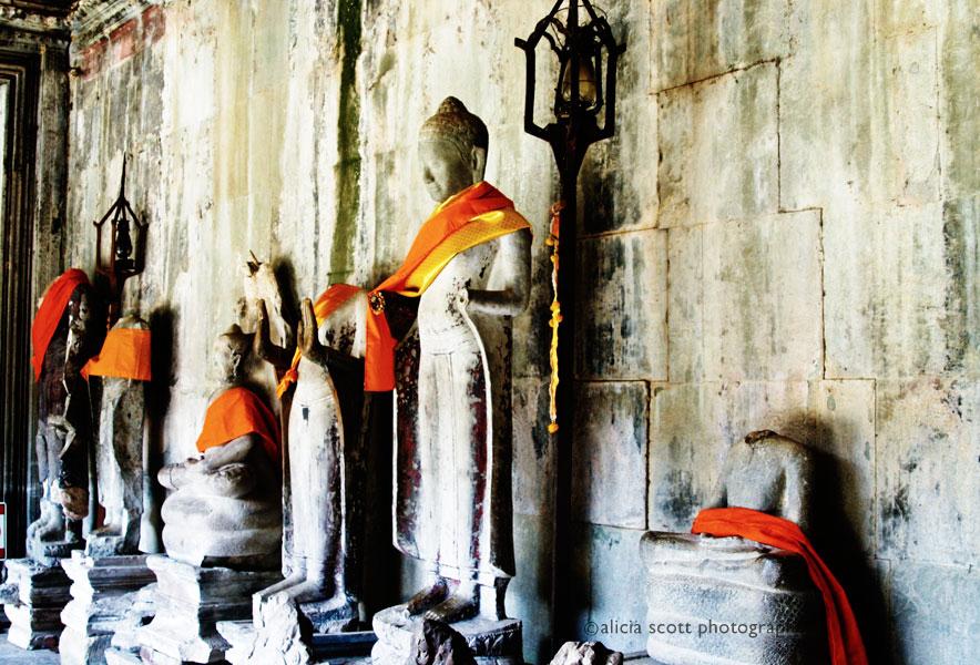Angkor Wat Statues